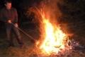 舞会一直有篝火陪伴到天亮