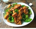 青椒炒油豆腐
