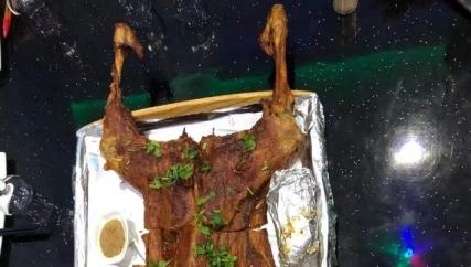 提前过节,几个聚聚,三羊开泰的烤全🐑