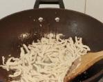 【京酱肉丝卷】简单易做,酱香浓郁~喜欢吃的赶紧马一下! 