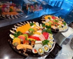 做几个寿司盘吃吃