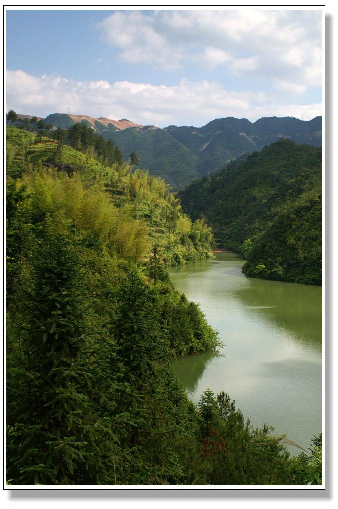 壁纸 风景 山水 摄影 桌面 675_1016 竖版 竖屏 手机