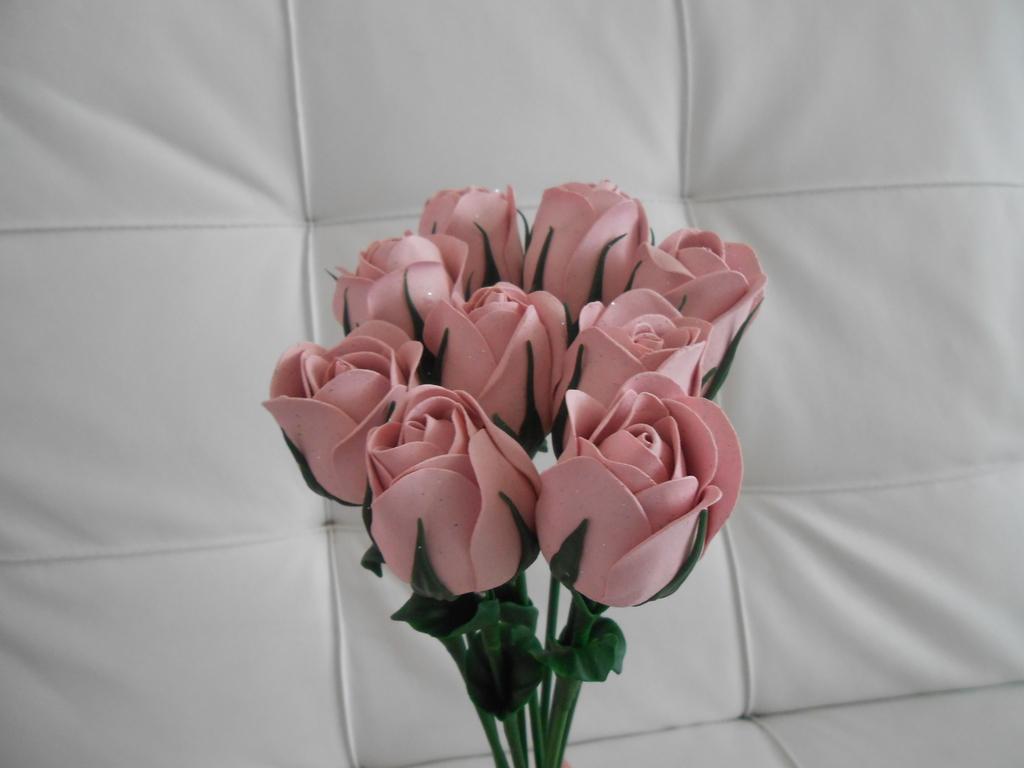出售手工夜光玫瑰花