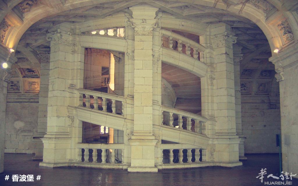 卢瓦河城堡 狂人国主题公园两日游 8月23日出发 149欧 人高清图片