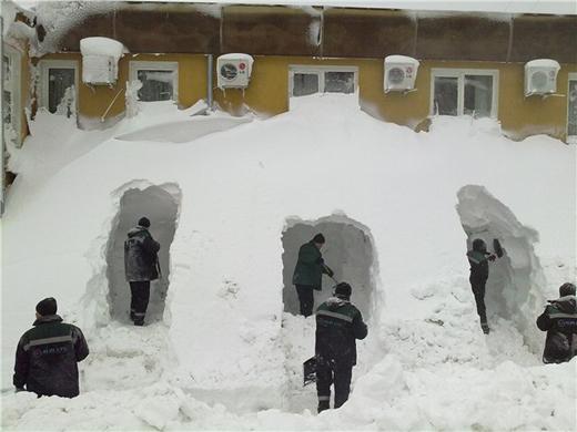 谁能猜的出雪有多深