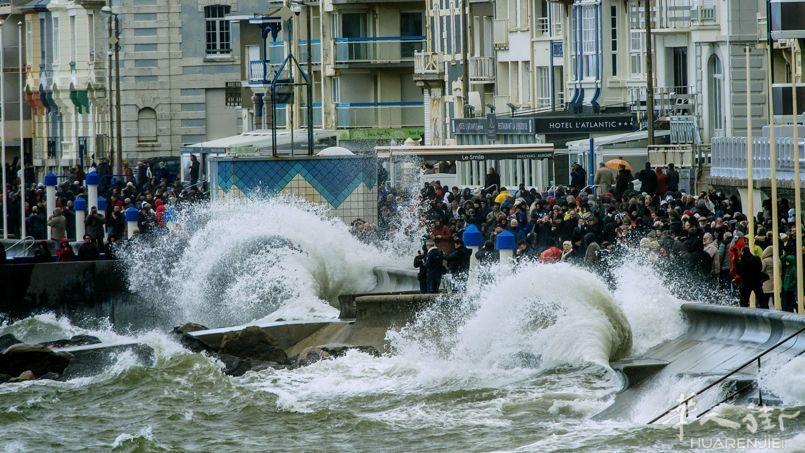 法国西部沿海 世纪大海潮 多图