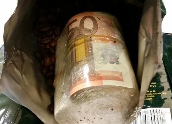 携巨款未申报 西班牙一中国男子近30万欧元被扣