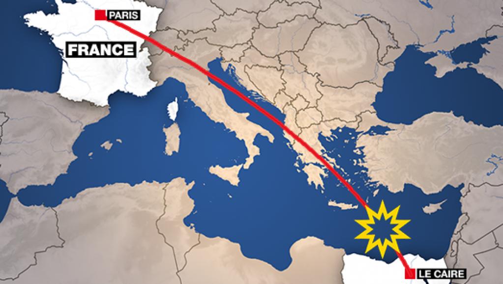 埃及航空公司ms804班机从巴黎飞往开罗的飞机途中