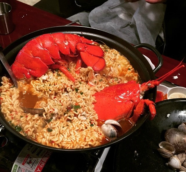 韩国龙虾海鲜套餐 哇哇(*@ο@*) 哇