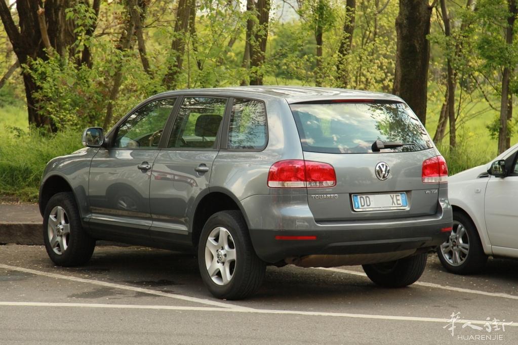 米兰出售德国大众途锐3.0TDI柴油suv  9000欧