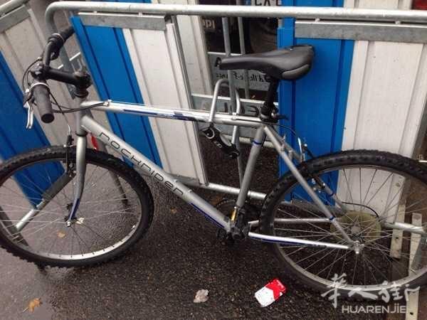 出售一台26三地自行车