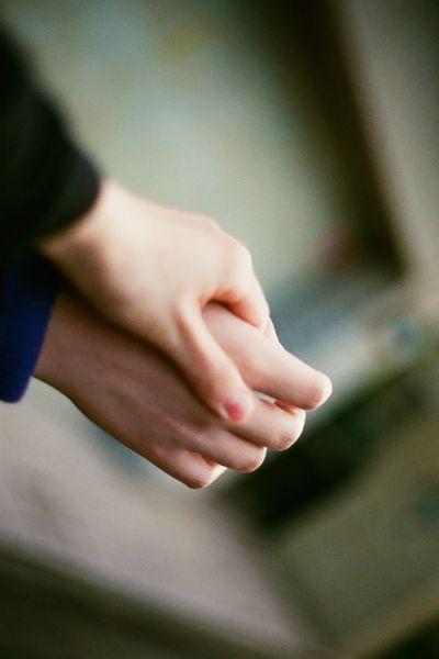 真心相爱的两个人只会输给不珍惜,败给不努力,不信任图片