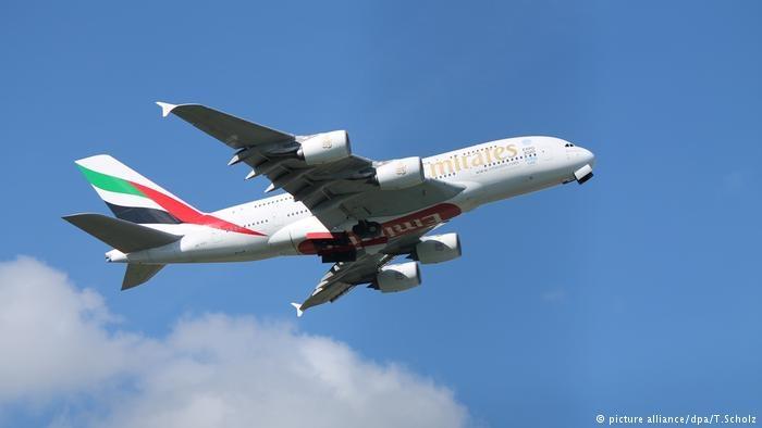 乱流导致的失控使小型飞机坠落了超过3000米,两台发动机也都停止了