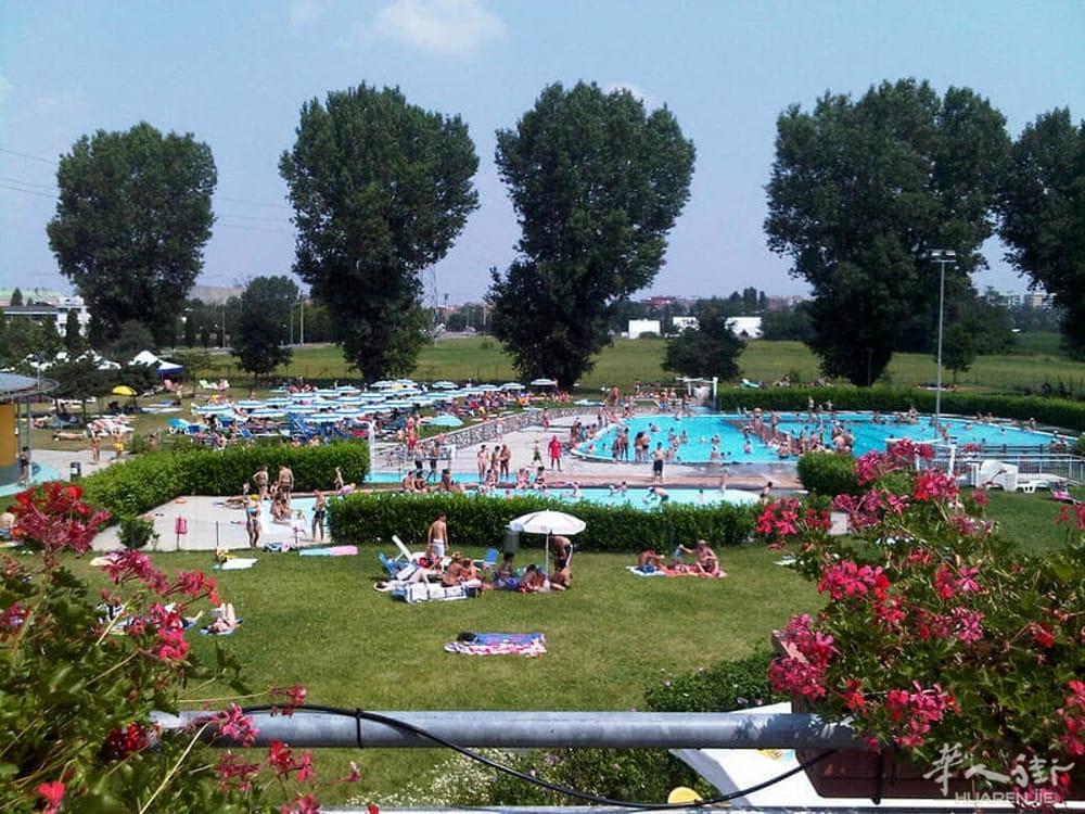 piscina-pioltello-gismilano-2.jpg