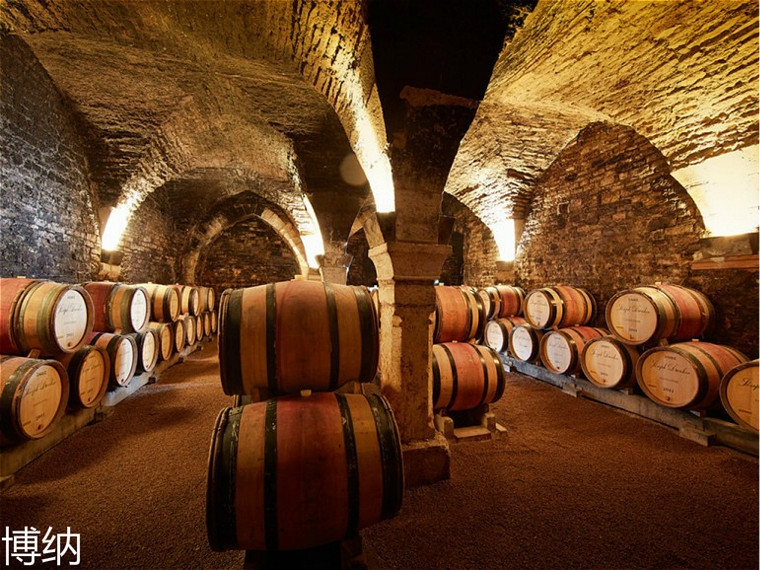 private-burgundy-day-tour-cote-de-beaune-from-monday-to-saturday.jpg