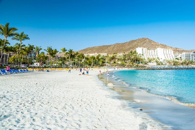 Anfi-beach-Gran-Canaria-Spain-iStock_91566263_XLARGE-2.jpg