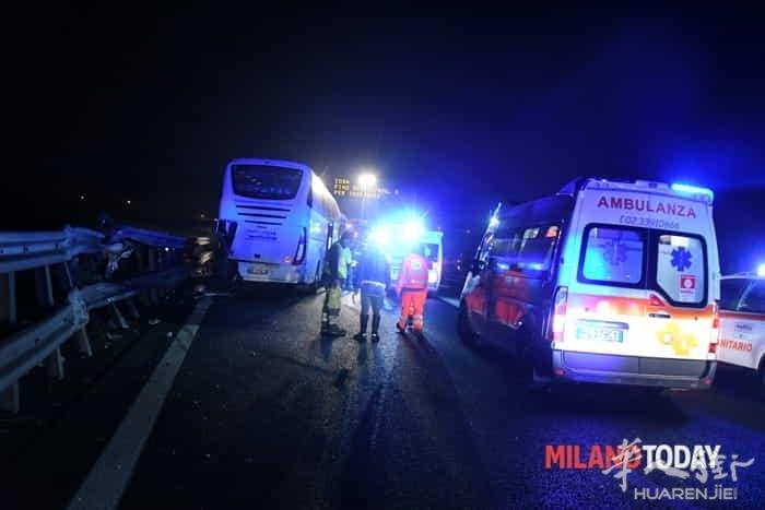 incidente-pullman-autostrada-5.jpg