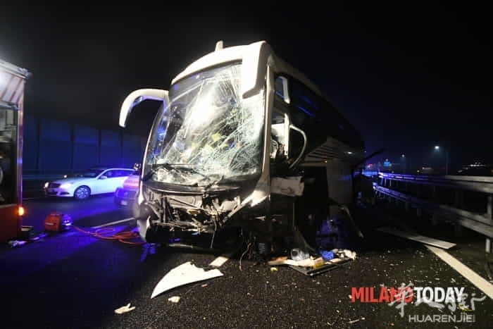 incidente-pullman-autostrada-9.jpg