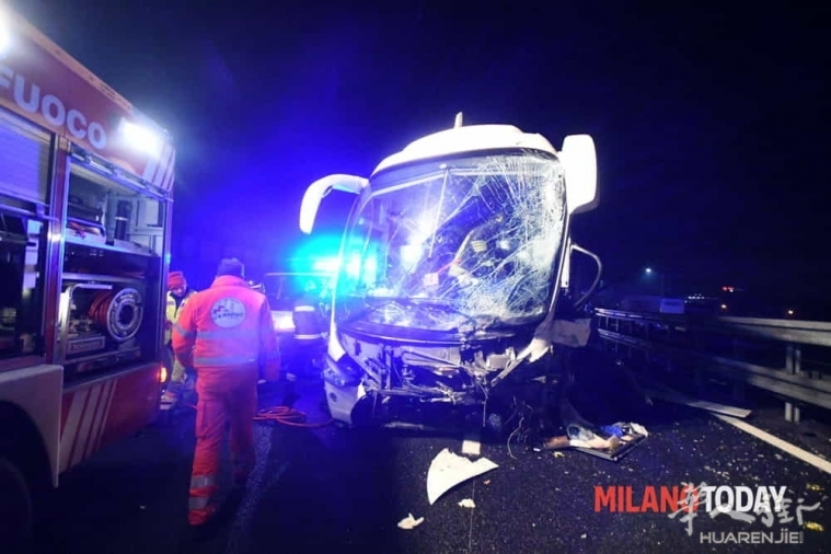 incidente-pullman-autostrada-13.jpg