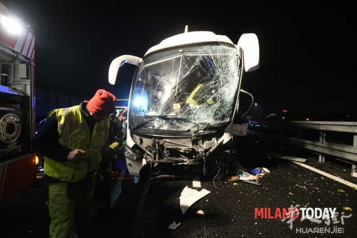 incidente-pullman-autostrada-14.jpg