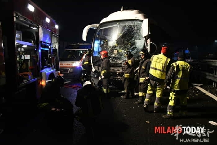 incidente-pullman-autostrada-15.jpg
