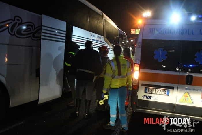 incidente-pullman-autostrada-21.jpg