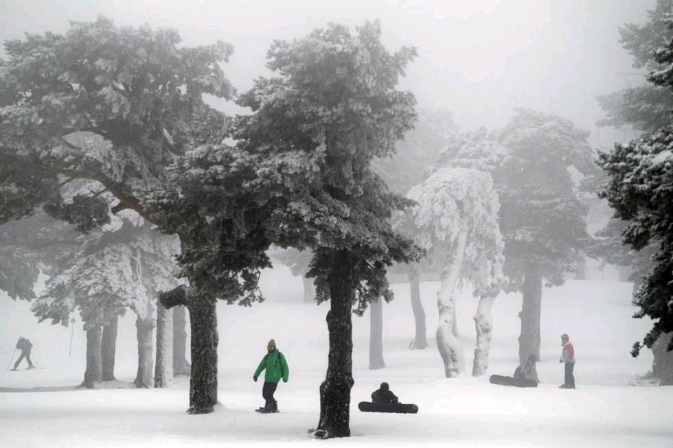雪瘾还没过够吗?周末还有一场雪