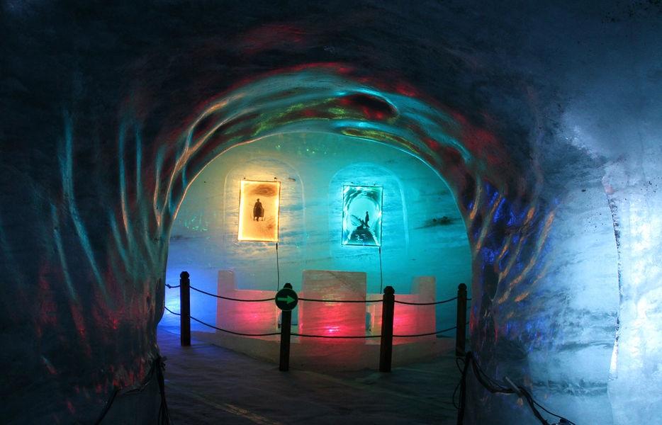 179002-6-montenvers-grotte-de-glace-2-ot.jpg