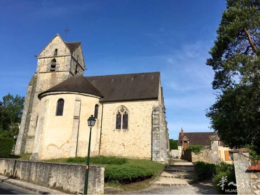 "27 mai 徒步(Gazeran走到 Rambouillet)城堡杭布叶,又译""朗布叶"",是"