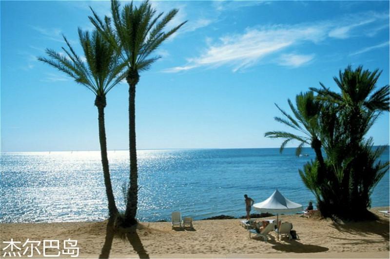 plage-de-Djerba-en-Tunisie.jpg