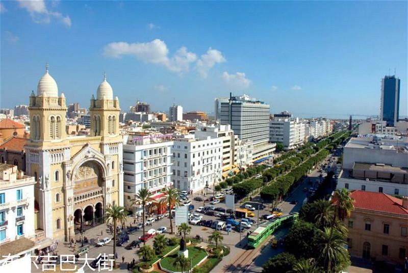 Avenue-Habib-Bourguiba-Tunis-1.jpg