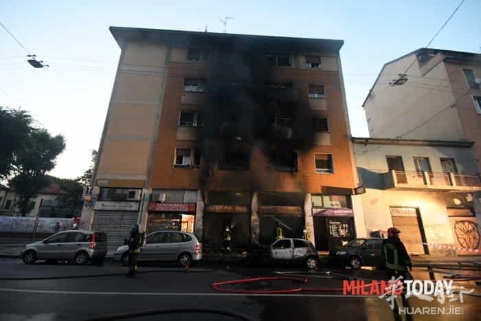 Incendio in via Padova vigili fuoco e ambulanza - Bennati (6).jpeg