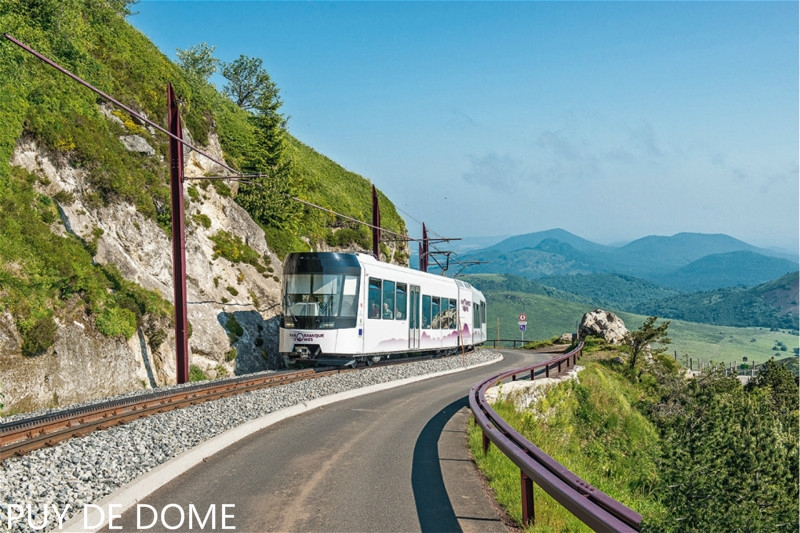 dt174_puy_de_dome_train_lo.jpg