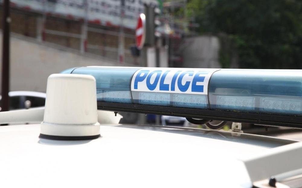 女警察自杀.jpg