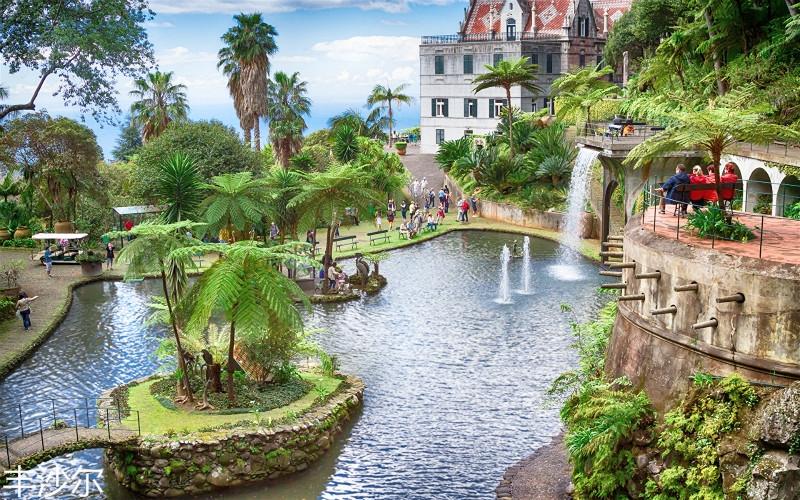 Portugal_Resorts_Pond_Waterfalls_Houses_Funchal_526845_1920x1200.jpg