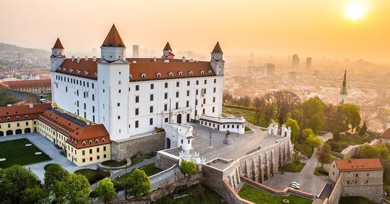 布拉迪斯拉发城堡.jpg