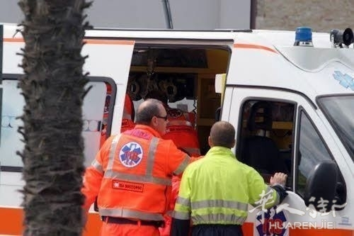 ambulanza 10-2-2.jpg