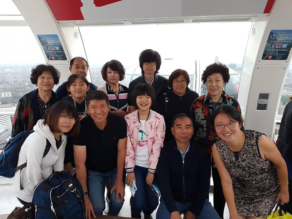 tour guide 2.jpg