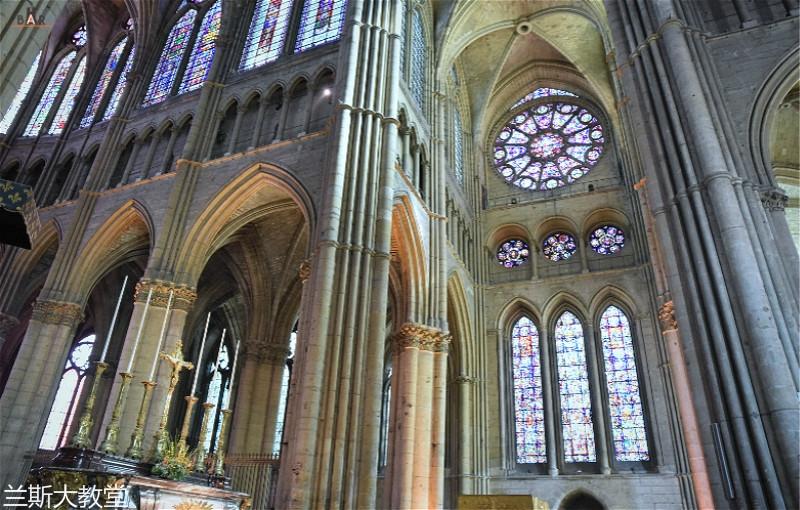 cathedrale-reims-9_meitu_10.jpg
