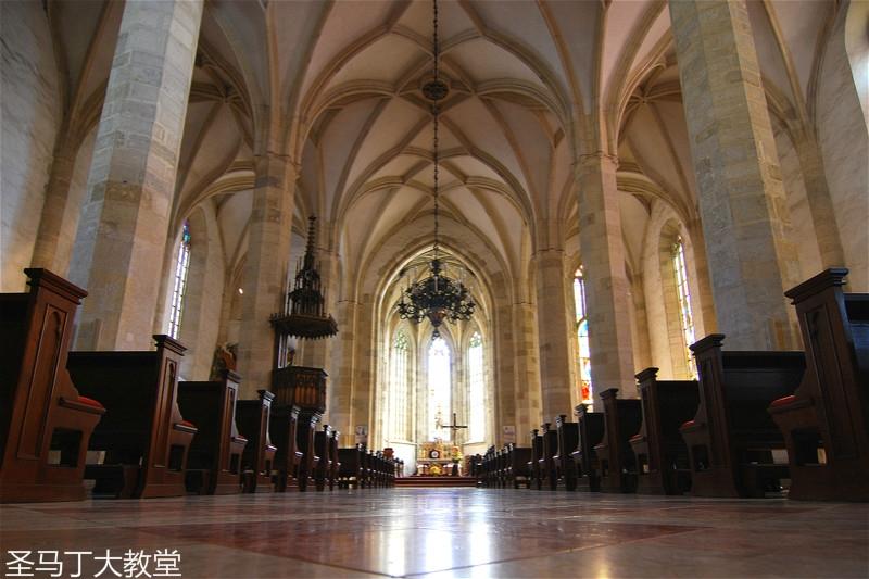 st-martins-cathedral-bratislava-2_meitu_26.jpg