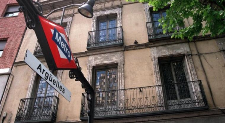 地铁4号线Argüelles站到Pinar de Chamartín站将因更新工程而关闭2个月 ...