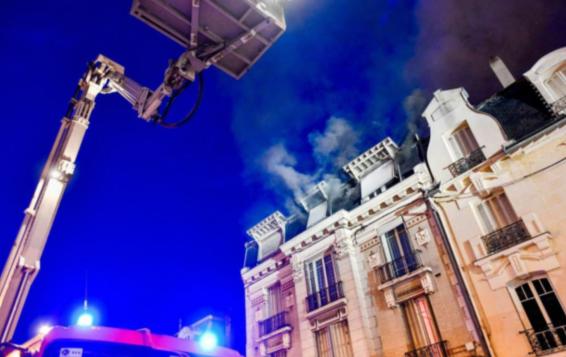 77省公寓火灾,13岁少女疑为纵火嫌疑人