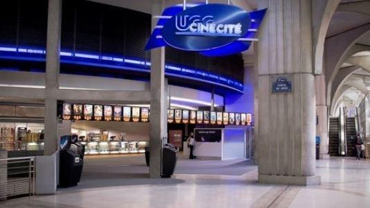 巴黎市中心电影院洗手间发现男尸 警方已展开调查