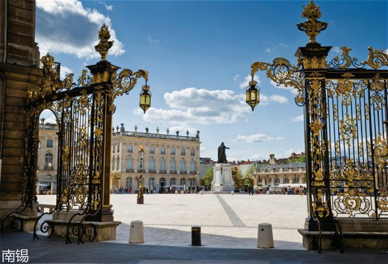 223989-nancy-place-stanislas.jpg