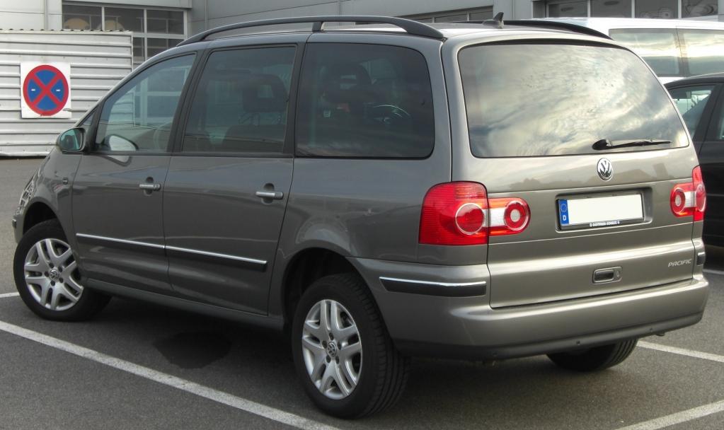 VW_Sharan_Pacific_(2004)_rear.jpg