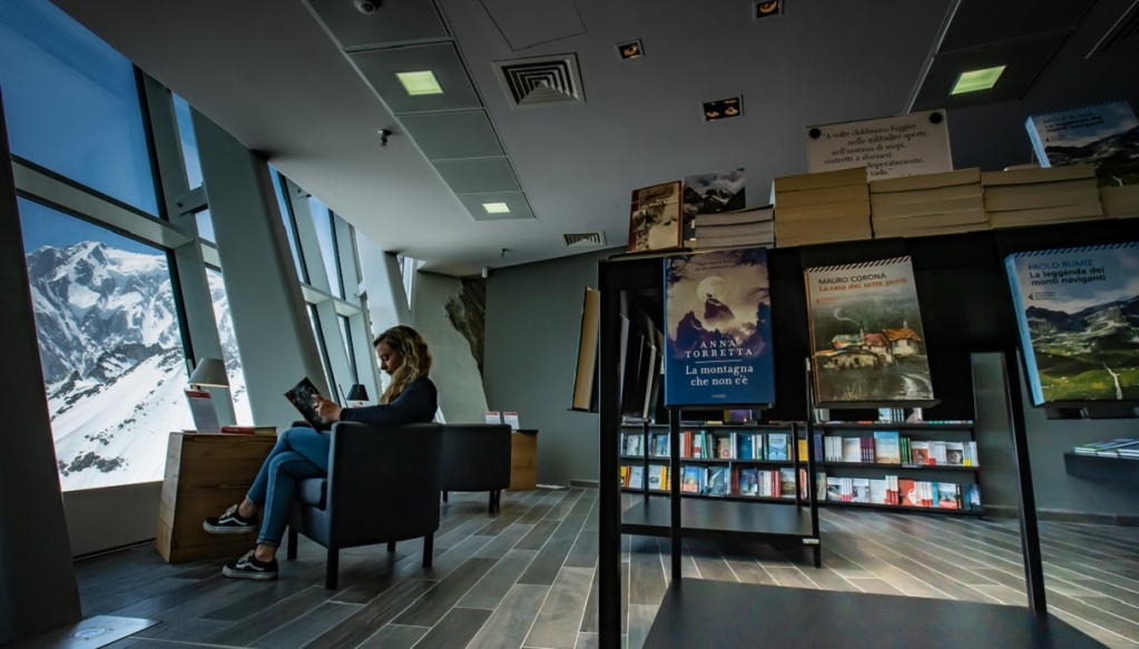 libreria-monte-bianco-min.jpeg