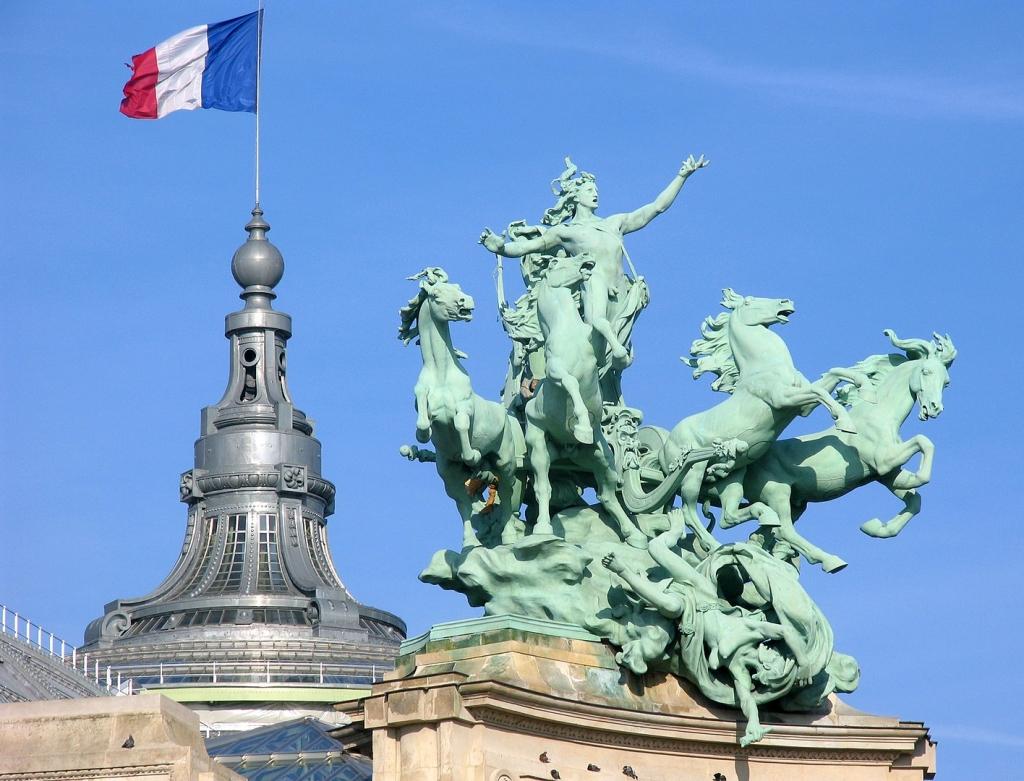 1416px-Toit-Grand-Palais.jpg