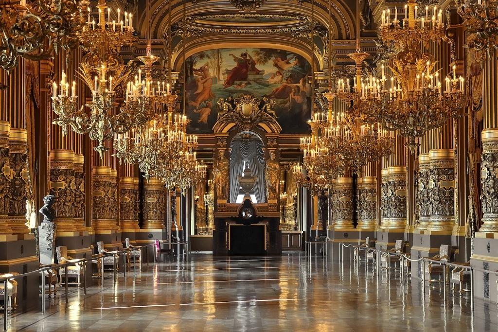 1619px-Palais_Garnier's_grand_salon,_12_February_2008.jpg