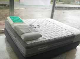 床垫沙发工厂,厂家直销,可以做任何尺寸,价格好,质量好
