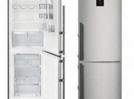 全新冰箱型号L.G595x665×2O1O半价出售35O欧元,包装未开,要自己运